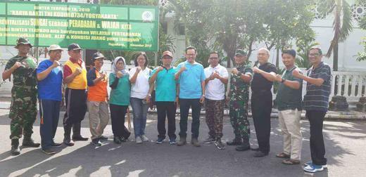 Sinergisitas TNI, POLRI, Komunitas, dan Warga dalam Reresik Kali Code