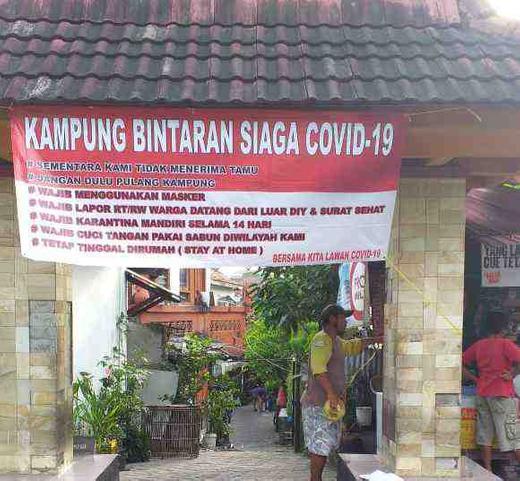 Warga Kampung di Kelurahan Wirogunan Siaga COVID-19