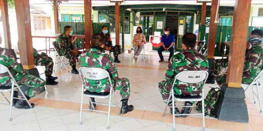 Orientasi Kewilayahan Anggota TNI AD KODIM 0734/Yogyakarta di Kelurahan Wirogunan