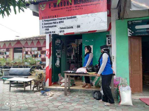 Penyaluran BPNT bagi PKH dalam Pandemi Covid-19 di e-Warong Surokarsan, Kel. Wirogunan