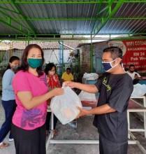 Indahnya Berbagi, Aksi Sosial Gotong Royong untuk Warga Terdampak ke-2 di RW 24 Kel. Wirogunan