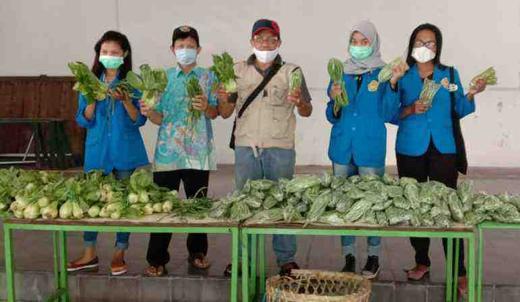 3.178 Bungkus Sayuran, Habis Dalam Waktu Singkat
