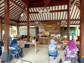 Pelatihan bagi Pelaku Usaha untuk Kebangkitan Ekonomi Di Kelurahan Wirogunan