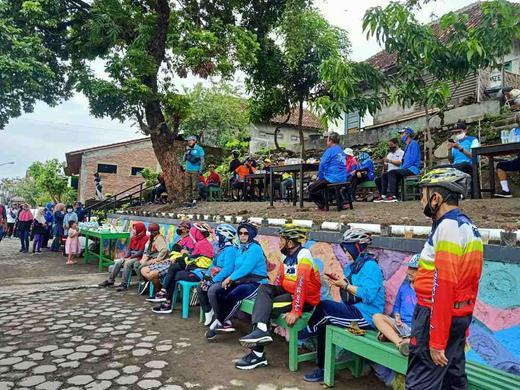 Suro Amerta Surokarsan Titik Finish Gowes Bareng Promosi Wisata Kampung